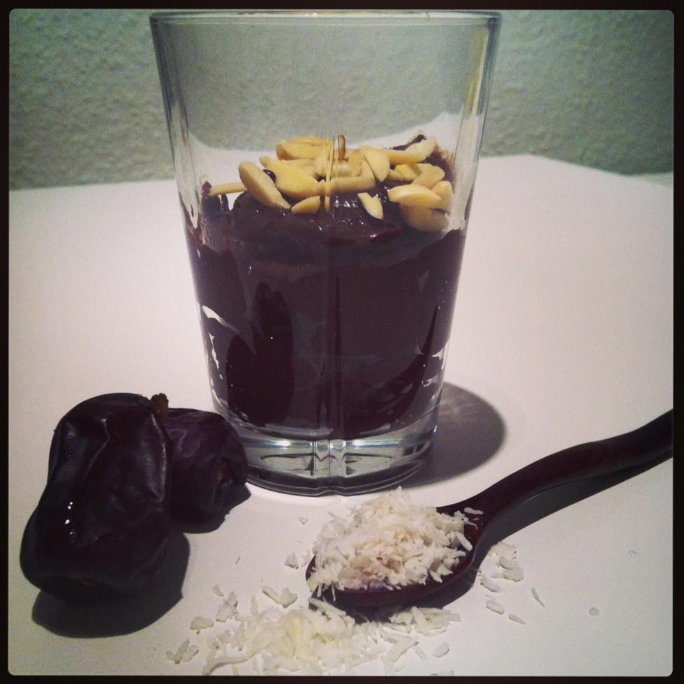 Sund chokolademousse med avocado og banan