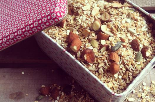 Granola med qunioa og nødder