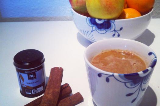 Varm æblejuice med kanel