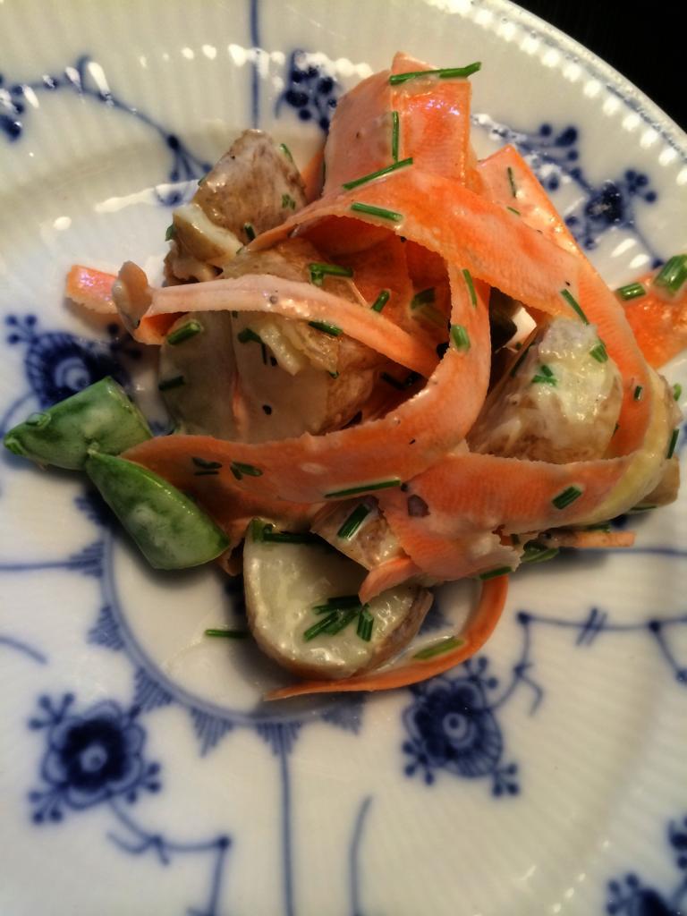 Kartoffel salat med grønt