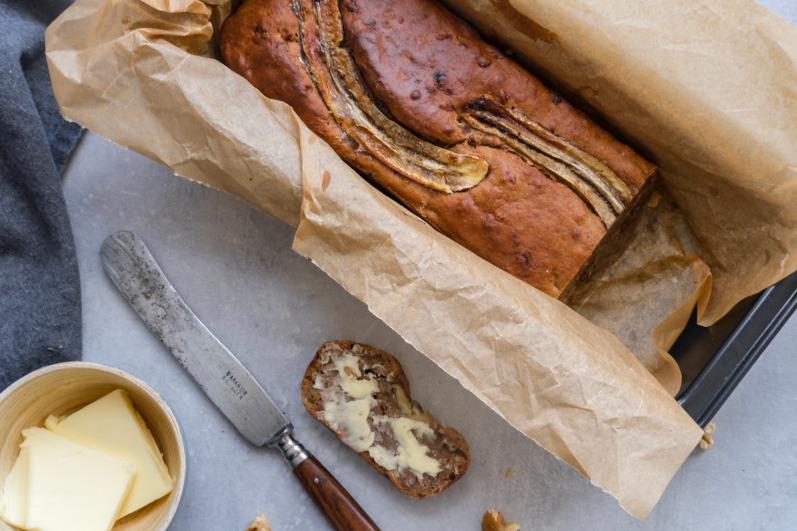 Bananbrød med valnødder uden smør
