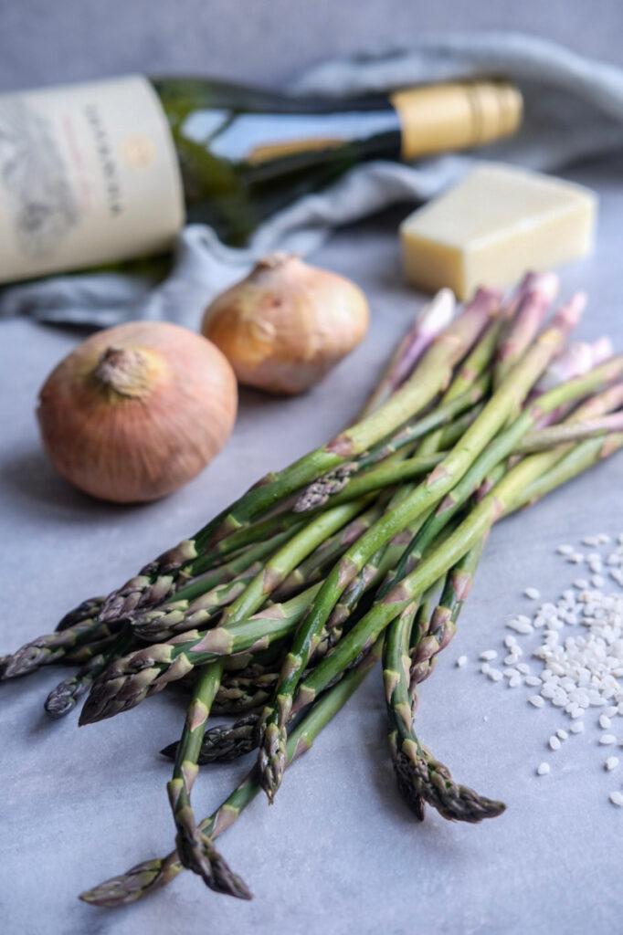Risotto med ærter og asparges