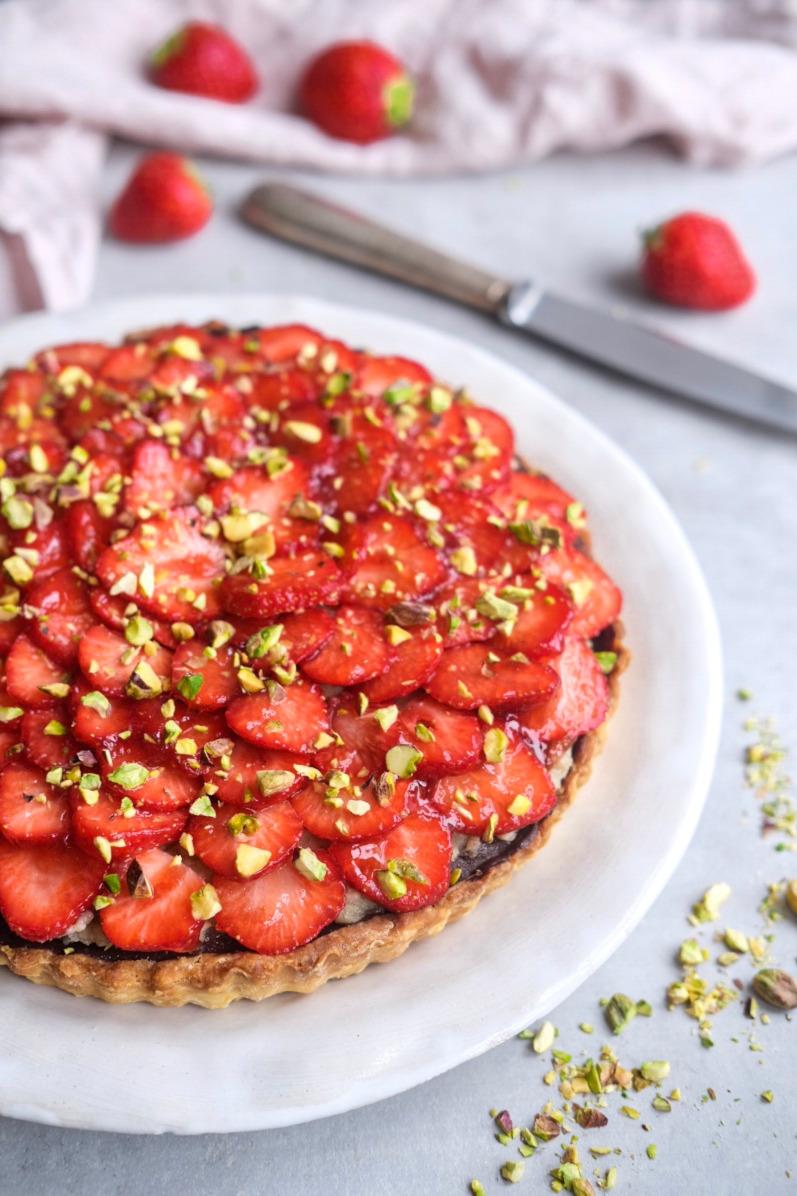 Jordbærtærte med pistaciemazarin