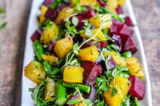 Salat med asparges og beder