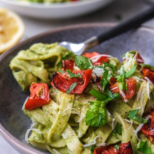 Pasta med avocadocreme